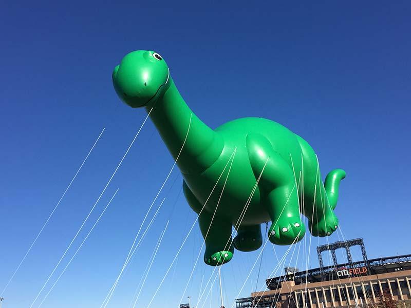 Dino Macys balloon